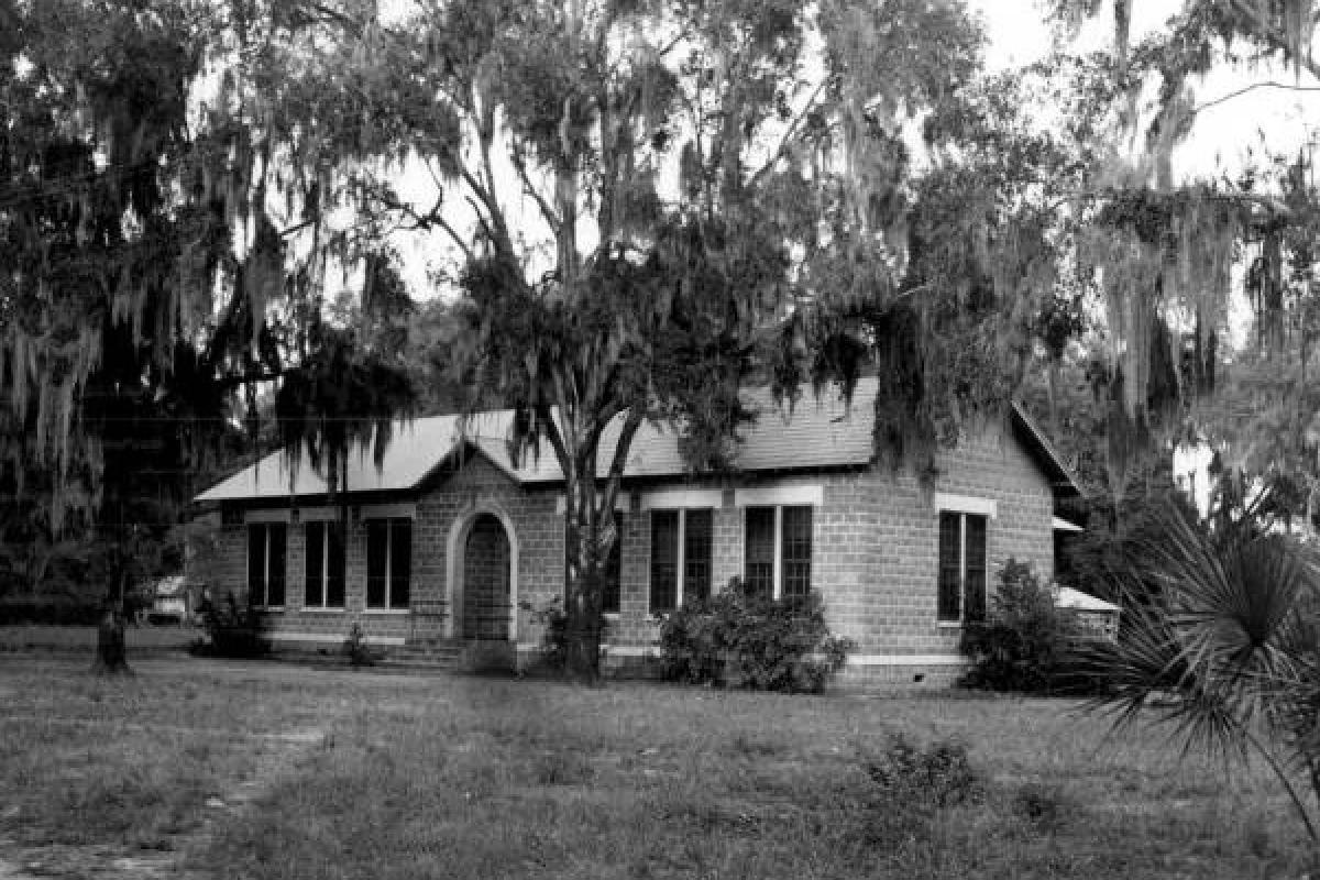 Elementary School, 1946